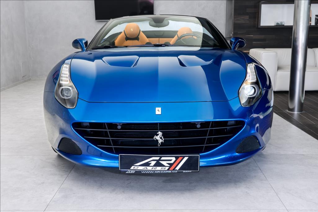 Ferrari California T, LED-karbon volant, 7 let servis, CZ ...